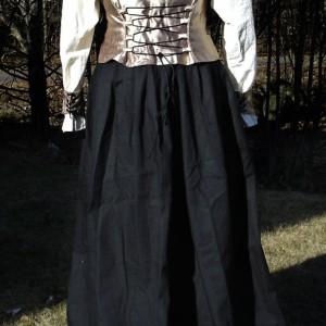 Renessanse kostyme - bakside. Søm av Elisabeth Berggren Hansen