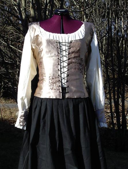 Renessanse kostyme - miniatyrbilde. Søm av Elisabeth Berggren Hansen