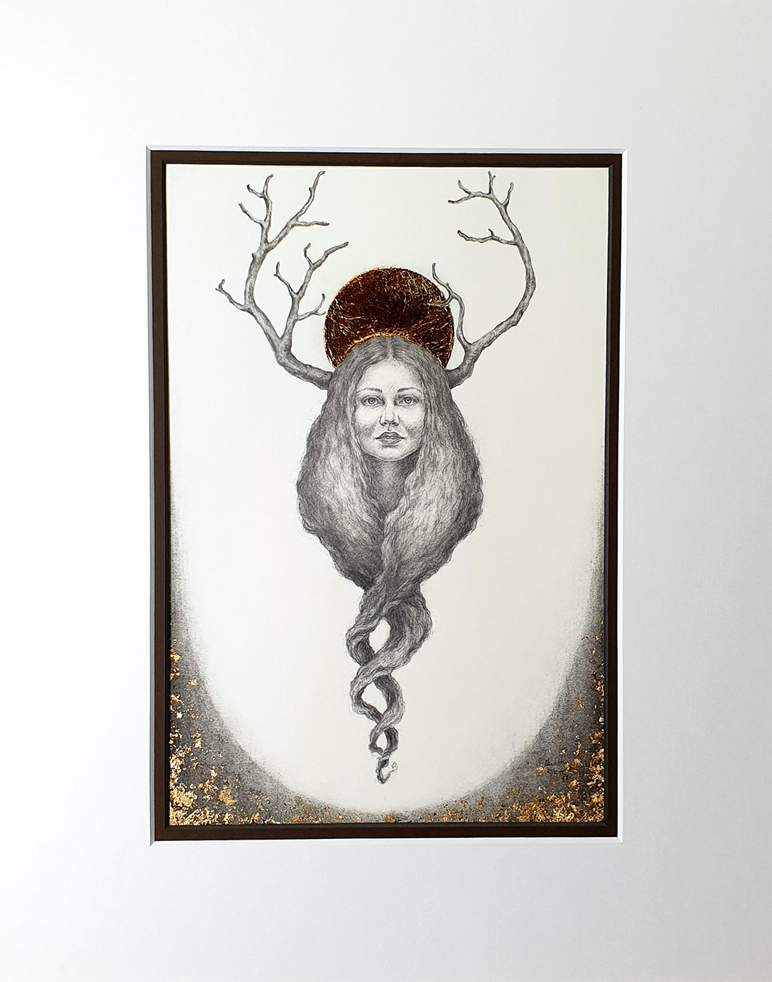 Golden Crown med passepartout - Tegning laget av Elisabeth Berggren Hansen (2019)